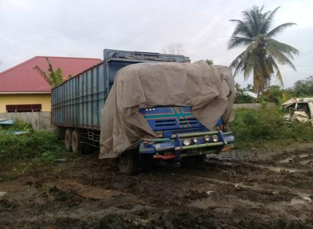 alasan tidak ada lp mobil dinas pertanian sumut yang kecelakaan dikembalikan. Black Bedroom Furniture Sets. Home Design Ideas